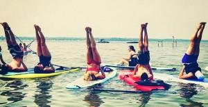 Yoga sur SUP paddle